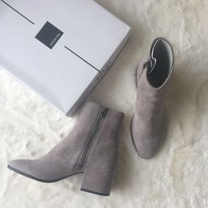 NEW IN BOX Dolce Vita Suede Block Heeled Boots